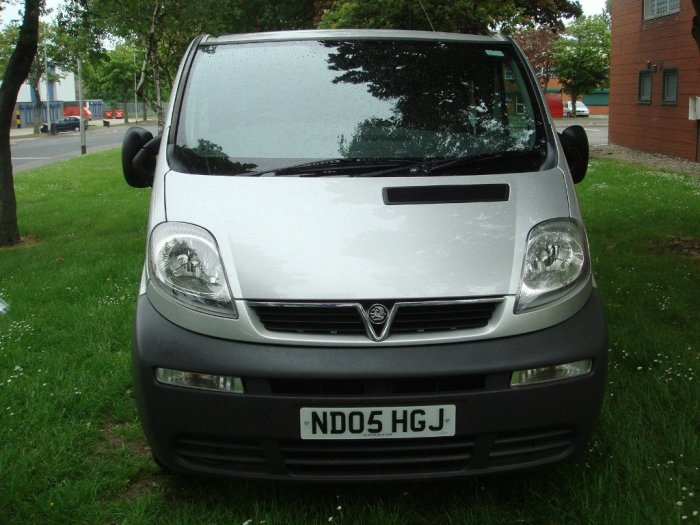 Vauxhall Vivaro 1.9CDTI (100PS) DOUBLECAB 2.9T Commercial Diesel Silver