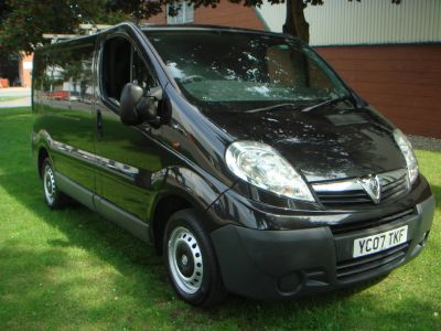 Vauxhall Vivaro 2.0CDTI [115PS] Van 2.7t Commercial Diesel BlackVauxhall Vivaro 2.0CDTI [115PS] Van 2.7t Commercial Diesel Black at Chequered Flag GB LTD Leeds