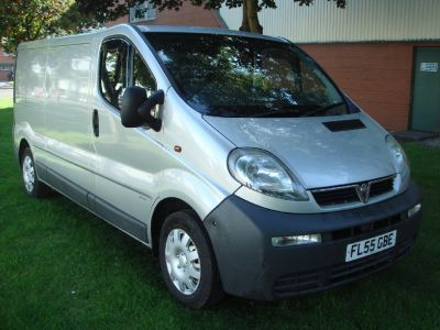Vauxhall Vivaro 1.9DTi Van 2.9t Genuine PX Bargain To Clear Commercial Diesel SilverVauxhall Vivaro 1.9DTi Van 2.9t Genuine PX Bargain To Clear Commercial Diesel Silver at Chequered Flag GB LTD Leeds