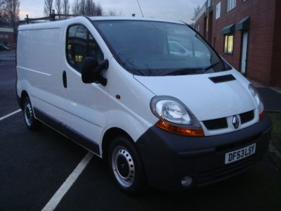Renault Trafic 1.9 SL27dCi 100 Van 1 Owner Total Factory options Commercial Diesel WhiteRenault Trafic 1.9 SL27dCi 100 Van 1 Owner Total Factory options Commercial Diesel White at Chequered Flag GB LTD Leeds