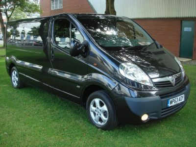 Vauxhall Vivaro 2.0 CDTi Sportive 2900 Panel Van 4dr (LWB, EU5) Panel Van Diesel BlackVauxhall Vivaro 2.0 CDTi Sportive 2900 Panel Van 4dr (LWB, EU5) Panel Van Diesel Black at Chequered Flag GB LTD Leeds