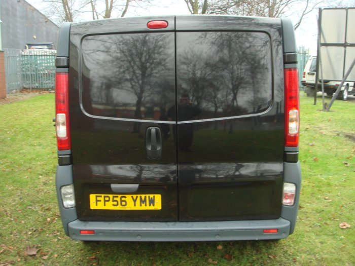 Nissan Primastar 2.0 dCi SE 2700 Low Roof Panel Van 4dr (SWB) Panel Van Diesel Black